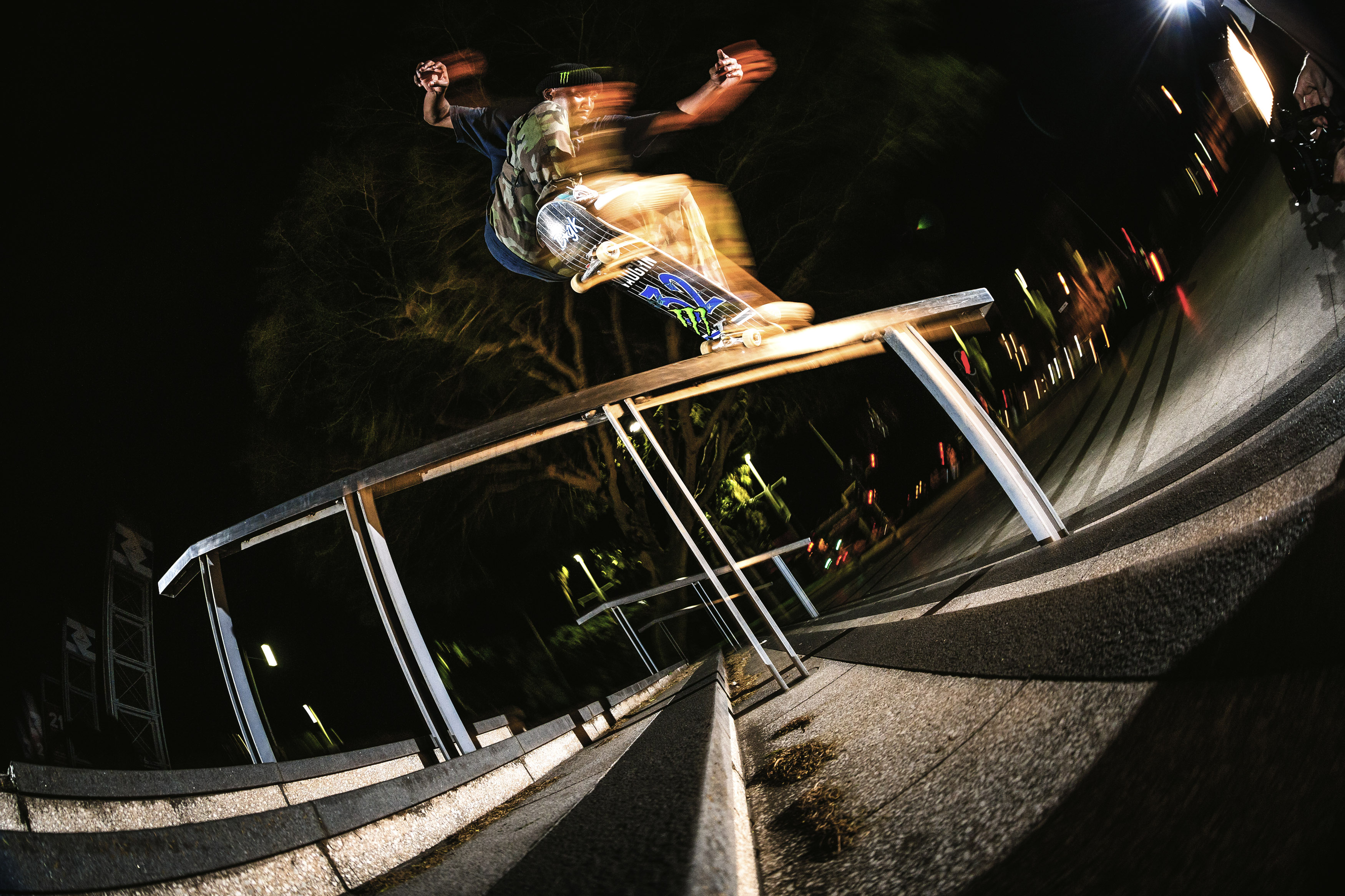 dlamini switch crook